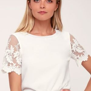 Lulus | Lisa Marie White Embroidered Top